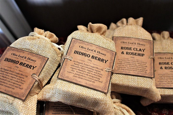 jute-packaging-ideas-olive-leaf
