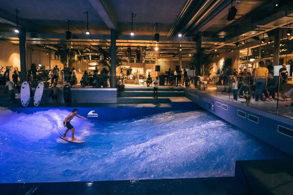 retailtainment-experiential-retail-aquatic-centre.jpeg